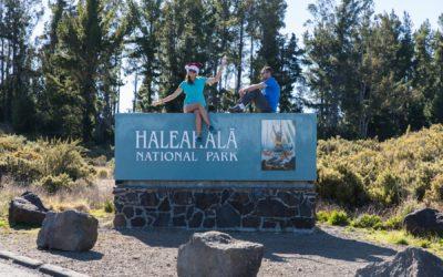 Balade en famille au volcan Haleakala et sur la cote Ouest de Maui.